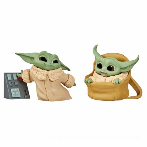 Hasbro Star Wars The Bounty Collection The Child Speeder Ride and Touching Buttons 2 Pack Figures Canada [Sale]