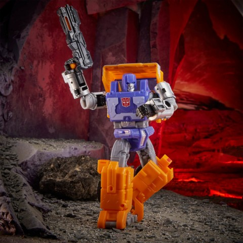 Hasbro Transformers Generations War for Cybertron: Kingdom Deluxe WFC-K16 Huffer Action Figure Canada [Sale]